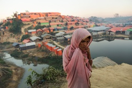 Shawkat Ara, 38, pregnant. Daily life in the Kutubalong camp close to Cox's bazaar. Rohingya Refugee crisis, Bangladesh, December 2017